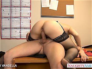 marvelous Sarah Vandella gives oral romp