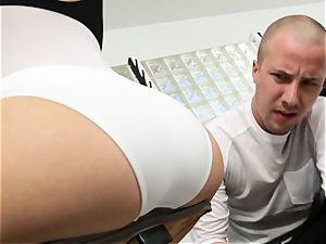 Kagney Linn Karter sexy gym screwing