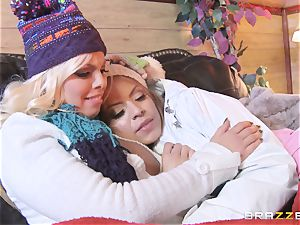 Apres ski threesome act with Yurizan Beltran and Britney Amber