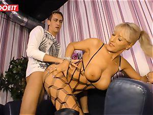LETSDOEIT - super-steamy aunt-in-law rides cousins spear On sex gauze