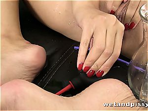 cutie Kira queen makes her stockings a dirt with pee