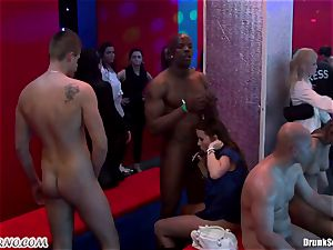 Mass porno lovemaking in a striptease bar