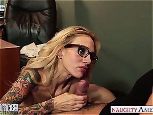 hotty Sara Jessie needs a great plumbing at work
