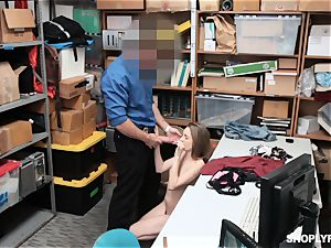 Kimmy Granger rails security guards phat giant penis