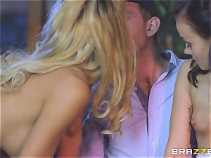 Chelsey Lanette and Tina Walker steamy hooker threeway