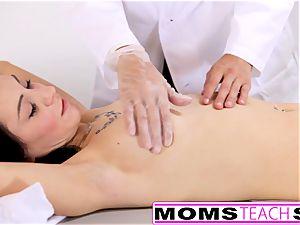 MomsTeachSex - bitchy mummy hungers spunk-pump And honeypot