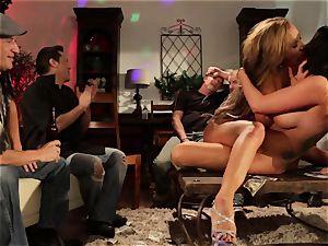 The Madam gig 5 with Richelle Ryan and Romi Rain