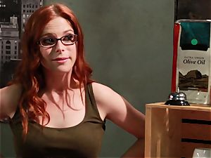 Maddy OReilly takes her meeting inwards for some nasty romping