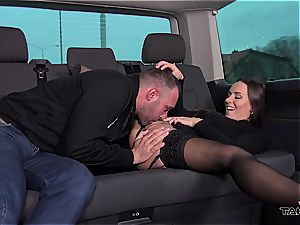 Casual buttfuck sex with a Czech bombshell makes a perfect memory