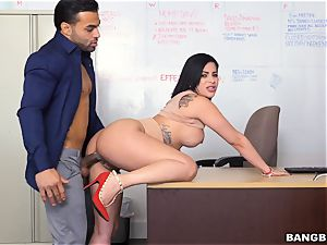 Latina getting stuffed over her desk