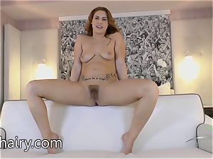 Edyn Blair is a super hot wooly nude gal who wants you