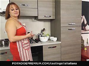 casting ALLA ITALIANA - Italian mature deep ass fucking tear up