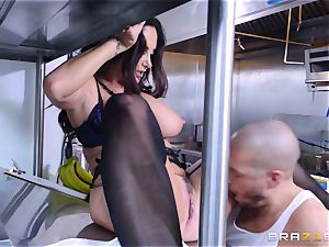 Kitchen inspector Ava Addams takes a chefs rod deep