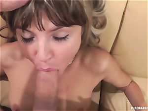 Gina Gerson luvs getting her face sprayed with jism